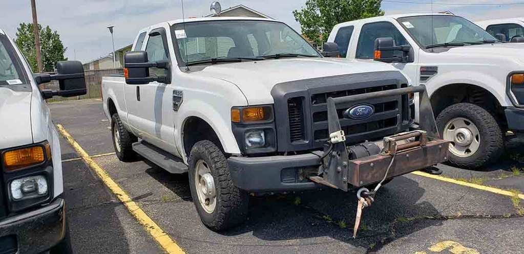 2008 Ford F250 Super-duty XL Pickup, s/n 1FTSX21558EA18079: 4wd, Gas Eng.,