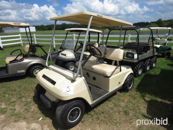 Club Car Electric Golf Cart, s/n A8906166287 (No Title): Charger