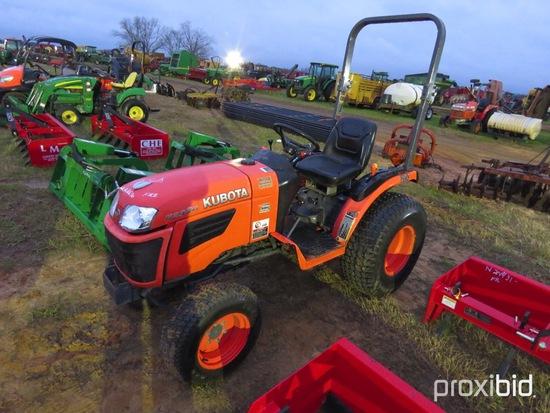 Kubota B2320 Tractor s/n 85785: Showing 1905 hrs