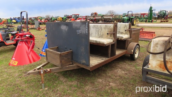 6-person Hunting Buggy: w/ 3 Dog Boxes and Fresh Water