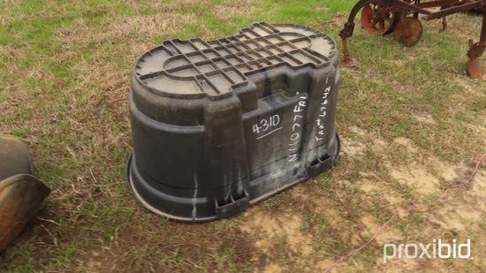 Rubbermaid Water Tank