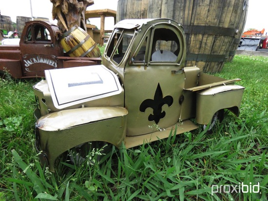 Saints Metal Truck