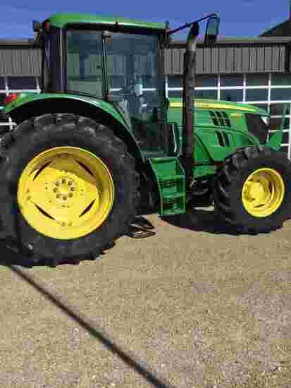 2015 John Deere 6115M MFWD Tractor, s/n 1L06115MKFH827952: Encl. Cab, Cold