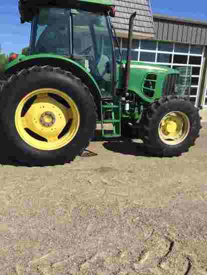 2010 John Deere 6115D MFWD Tractor, s/n 1P06115DHAH020618: Encl. Cab, Air B