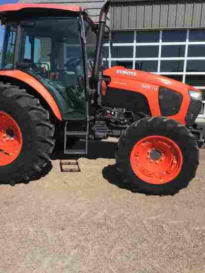 Kubota M5-111HDC MFWD Tractor, s/n 52531: Encl. Cab, Cold A/C, 3 Hydraulic