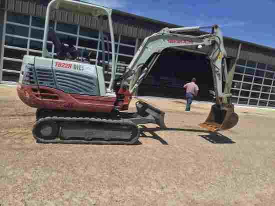 2014 Takeuchi TB228 Mini Excavator, s/n 122803527: Diesel, Aux. Hydraulics,