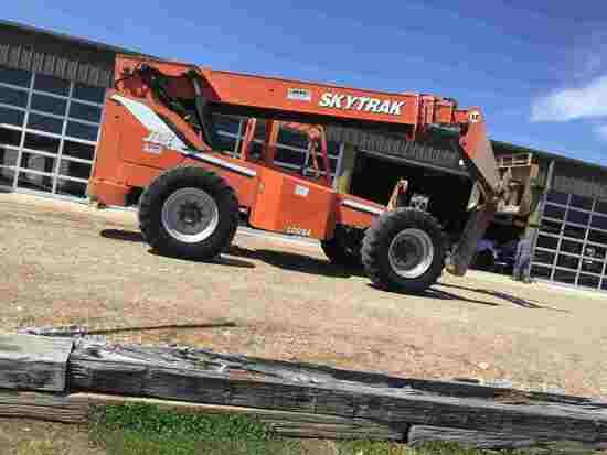 "2001 Skytrak 10054 Telescopic Forklift, s/n 15350: Hyd. Stabilizers, 48"" Fo"