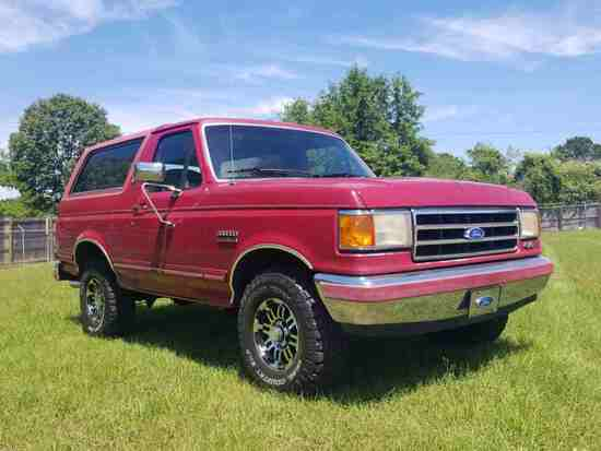 1991 Ford Bronco 4WD, s/n 1FMEU15N5MLA28784: Silver Anniversary, Push Butto