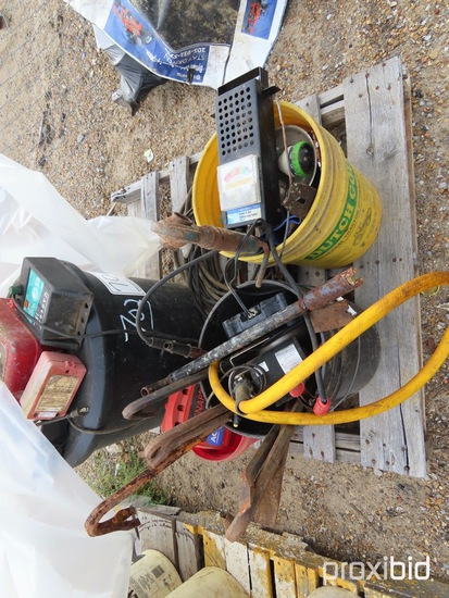 Lot of Electric Fence, Pry Bars, Jumper Cables