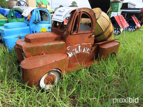 Bootlegger Metal Mini Truck