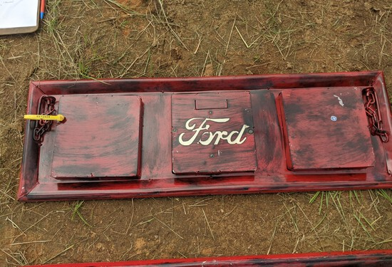Metal Mini Ford Tailgate Hanging Art