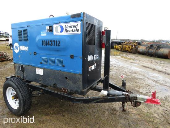 2013 Miller Big Blue 500D Welder/Generator, s/n MD1401128E: Deutz Eng., Tra