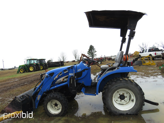 New Holland TC24DA MFWD Tractor, s/n YL480054: Rollbar, NH 12LA Loader w/ B