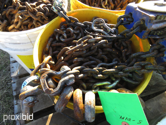 (5) 24' Chains in Bucket
