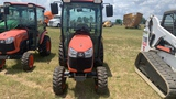 KUBOTA B3350 TRACTOR WITH CAB AND A/C S/N 60730 HOURS AS SHOWN 2526