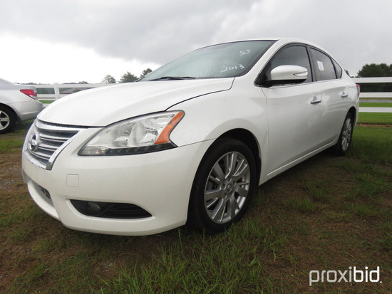 2013 Nissan Sentra Sedan, s/n 3N1AB7AP3DL657521: 4-door, Odometer Shows 162