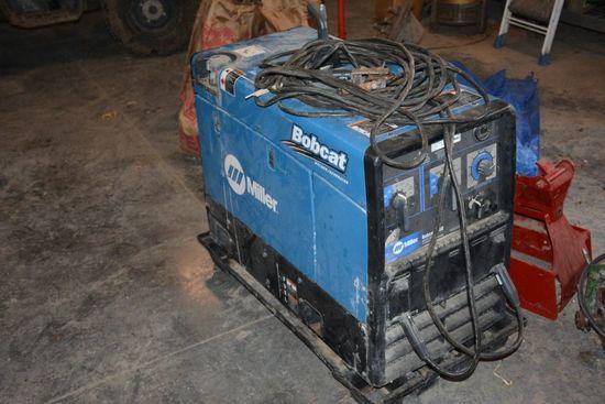 Miller Bobcat 250 Stick Welder/ Generator,  44.4 Hours, 11,000 Watt