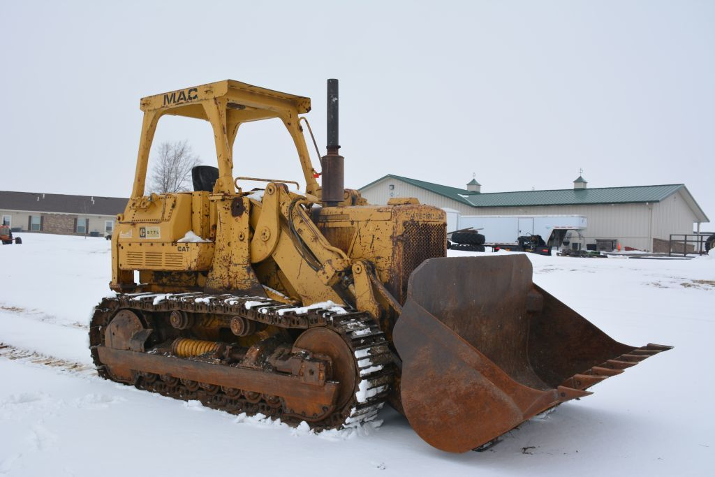 MACHINERY CONSIGNMENT AUCTION: TRACTORS & DOZERS