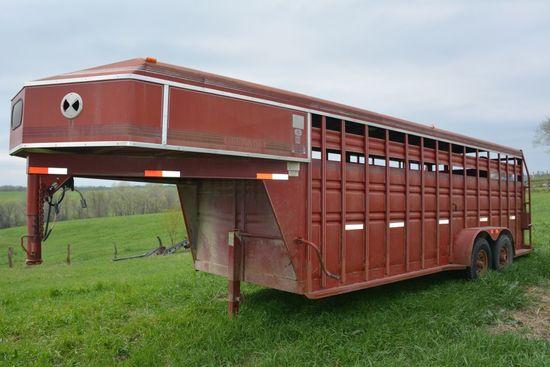 1996 Titan Gooseneck Livestock Trailer, 20 ft., good rubber, center gate,