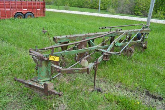 """JD 145A 5-btm, Plow, 16"""", good shape"""