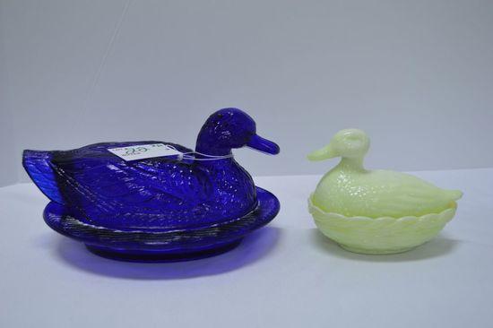 "Pair of Ducks on Nest: Cobalt Blue 8"" Long by Westmoreland, Cream Moonstone"