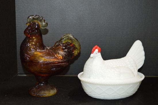 Amberina Footed Rooster Dish, 1 White, Red Head Hen on Nest by Westmoreland