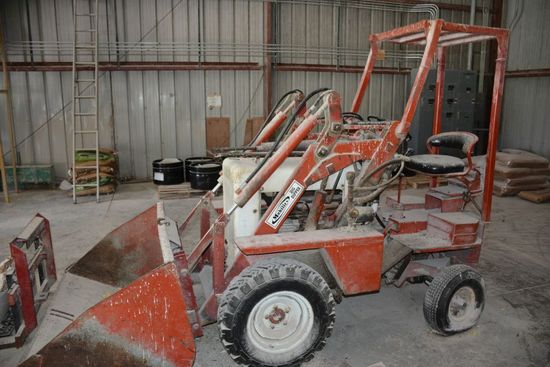 Mobility Big Dipper Fork Lift Bucket and Pallet Forks  - 2.5 % BUYER'S PREMIUM ON THIS LOT