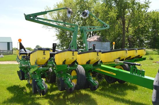 "2012 John Deere 1760 Flex Planter, 12 Row 30"", Approximate 4000 Acres, Hydr"