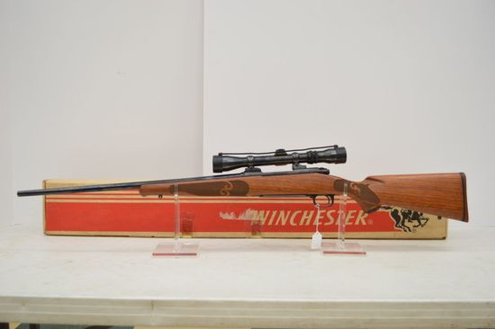 Winchester Model 70 XTR Feather Weight, 257 Roberts, 22 in. Barrel, No Sigh