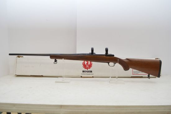 Ruger M77 Mark II, 204 Ruger Cal. 24 in. Barrel, Includes Scope Rings and B