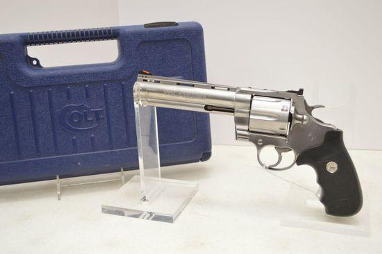 Colt Anaconda 44 Mag, 6 in. Barrel VR, Triangular Bar Safety System 6 Shot, Stai
