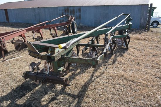 Oliver 568 Plow, 5-18""