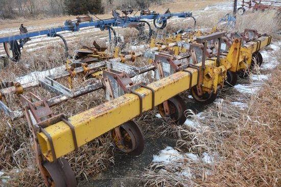 "Buffalo 6x30"" Cultivator with Shields 3Pt, 6x30"" Rows"