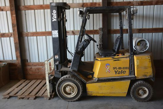 Yale - Propane Fork Lift, 3 Stage Lift, Side Shift, Solid Rubber Tires, Lig