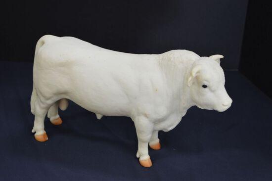 Plastic Charolais Bull - unmarked