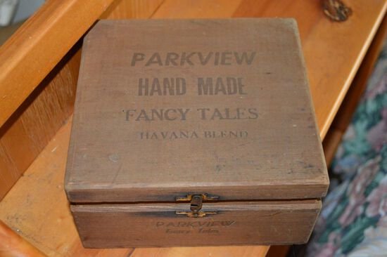 Parkview Hand Made Fancy Tails 10 cent Cigar Wood Box