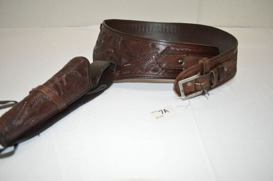 Leather Ammo Belt w/ Holster, Nice Design