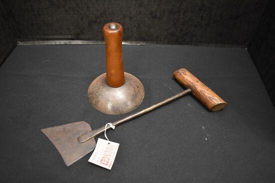 Hog Scraper & Wood Handled Cutter
