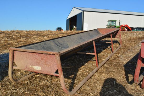 Portable Poly Feed Bunk, Good Shape