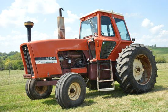 1975 AC 7040 Tractor Maroon Belly, Power Director Transmission, 3 SCV's, 46