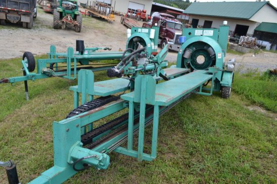 Evergreen Christmas Tree Mfg. Tree Baler, Self Propelled, 18 Hp With Hydrau - Evergreen Christmas Tree Mfg. Auctions Online Proxibid