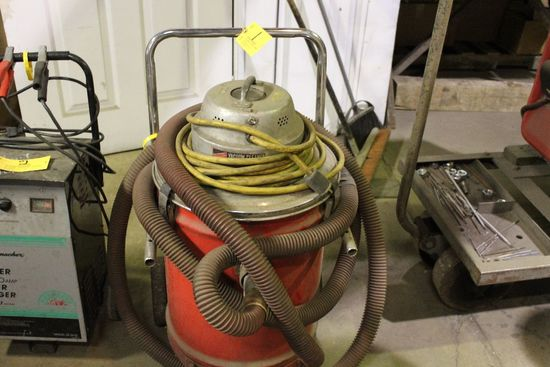 Milwaukee shop vac.