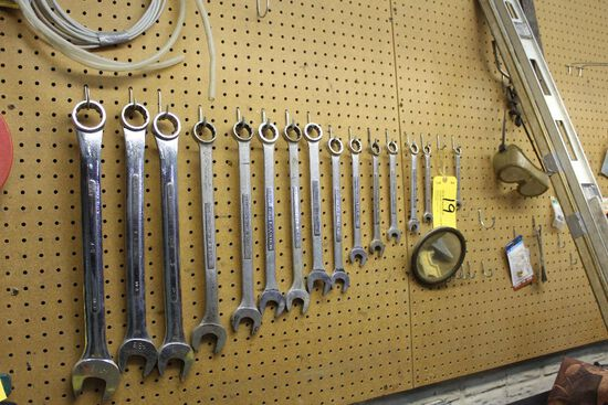 Wrenches, 7 1/6 - 1 17/16. (15)