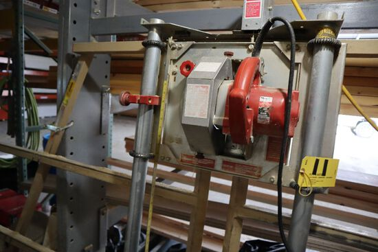 Wolfe model H panel saw system.