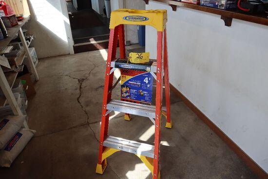 Werner 4' step ladder model 6204.