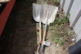 Aluminum scoop sholves.