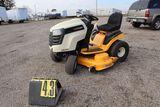 Cub Cadet model LTX 1050 lawn tractor, V-twin hydrostatic, Kawasaki 22hp po