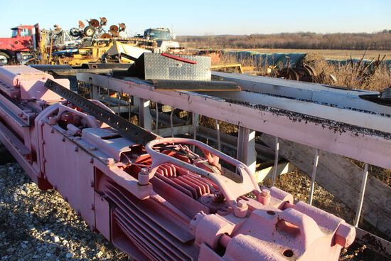 Link-Belt diesel pile hammer, model 440, sn 13S159, ram weight 4,000, 35' g