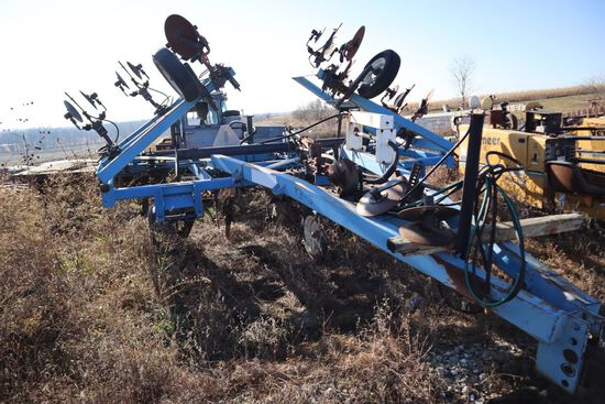 T3-5  Anhydrous bar.