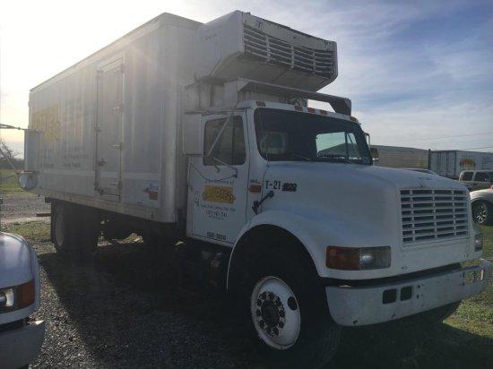 1995 International 4900 Truck, VIN # 1HTSDAAN2SH675949
